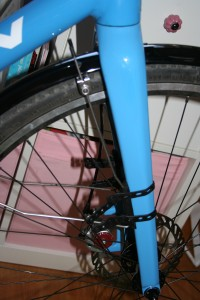 frot_fender_attachment_fork